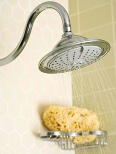 *Get off even the toughest grime and soap scum with our tips to clean your shower head! Make it shine like new with these cleaning steps, including a suggestion for a showerhead cleaner that really works! House Cleaning Tips, Deep Cleaning, Cleaning Hacks, Professional House Cleaning, Daily Cleaning, Soap Scum, Shower Cleaner, Homekeeping, Cleaning Solutions