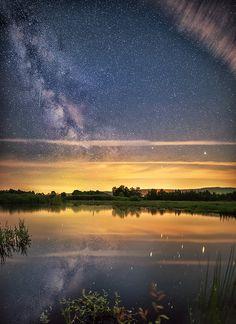Milky Way over the lake, by Oliver O.... #landscape #stars #longexposure #milkyway #moor #nightphotography #zeissbatis #nightskyy