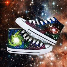 Upper height: High to help Sole Material: Rubber Sole: flat Style:sun magic flame, the light of the moon, galaxies green, purple nebula Size: 35,36,37,38,39,40,41,42,43 eu35=230mm  eu36=235mm  eu37=240mm  eu38=245mm  eu39=250mm  eu40=255mm  eu41=260mm  eu42=265mm  eu43=270mm  eu44=2...