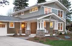 Exterior: #Craftsman elements and a really cool #reno story - click to read
