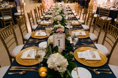 Modern Wing at The Art Institute Wedding - Katie and Jeremy | Five Grain Events