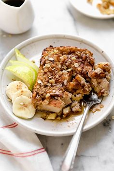 Recipes Breakfast Oatmeal Baked Oatmeal Recipe with Pears Bananas and Walnuts - Skinnytaste Skinny Recipes, Ww Recipes, Healthy Recipes, Skinnytaste Recipes, Healthy Foods, Amish Recipes, Gourmet Foods, Dutch Recipes, Blender Recipes