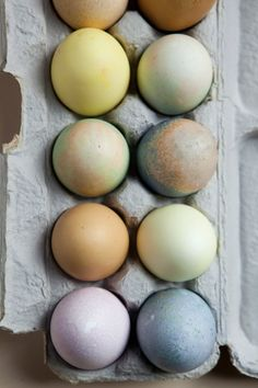 eggs dyed w/ natural food & spice dyes