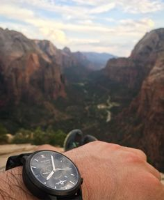 Taking in the scenery with a custom Juvat watch at the top of Angels Landing in Zion National Park. For about 30 minutes we were the only ones up there. Pretty amazing..  ..  ..  ..  #wingmanwatches #customwatch #nationalparks #zionnationalpark #outdoors #customwatch #hiking #letstakethisoutside #adventure #watchesofinstagram #style