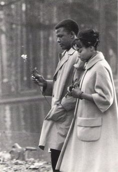 """Sidney Poitier & Diahann Carroll (on location for movie shoot, """"Paris Blues""""), Bois de Boulogne, Paris, Diahann Carroll acknowledges she had an affair with Sidney Poitier that lasted many years. photo by Larry Shaw. Diahann Carroll, Black Love, Black Is Beautiful, Black And White, Beautiful People, Beautiful Things, Vintage Hollywood, Classic Hollywood, Hollywood Star"""