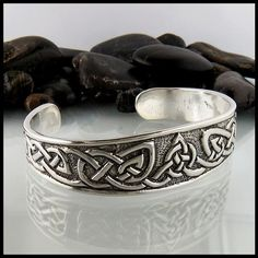 WOLF Bracelet RUNNlNG with the PACK cuff in sterling silver SMAll Size Complimentary US Shipping