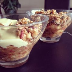 Raw Food Recipe: Apple Crumble and Custard