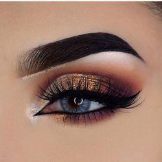 IG: MeaganLaCubana CubanaChronicles.com #makeup #neutraleye