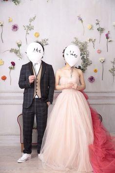 和装前撮りに持ち込みたいアイテム・小物40選*ポーズアイデア85!! | 美花嫁図鑑 farny(ファーニー)|お洒落で可愛い花嫁レポが満載!byプラコレ Wedding Poses, Diy Wedding, Wedding Inspiration, Moodboard Inspiration, Backdrops, Tulle, Pictures, Photography, Design