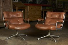 Herman Miller swivel Chair, c. 1960   From a unique collection of antique and modern swivel chairs at http://www.1stdibs.com/furniture/seating/swivel-chairs/