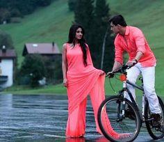 Naira wear Pink Solid Saree in Yeh Rishta Kya Kehlata Hai