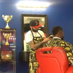 #jerseyclippers @mo5mike We get busy!! #barbershop #jersey #jerseycity #jerseycitynj #newark #newarknj #elizabeth #bayonne #bayonnenj #nyc #newyork #newyorkcity #jcnj #hair