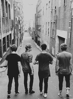 5sos | Tumblr | We Heart It<<< this is just a beautiful picture!