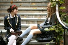 A Vogue Editor's Guide to the Best Fashion on Gossip Girl | Vogue Moda Gossip Girl, Estilo Gossip Girl, Gossip Girl Blair, Gossip Girls, Gossip Girl Outfits, Gossip Girl Fashion, Serena Van Der Woodsen, Baby One More Time, Leighton Meester