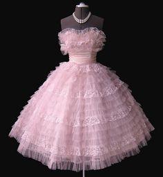 pink ruffle dress♥