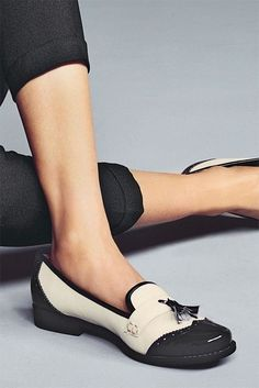 20 Looks with TODs loafers glamhere.com Stylish