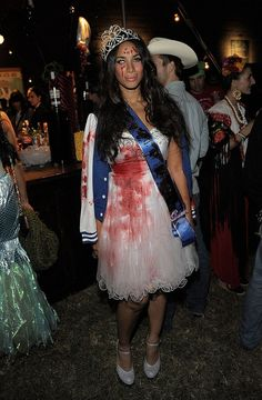 Leona Lewis as a bloody prom queen...Carrie style #Dropdeadgorgeous #zombiefashionshow #zombiecrawl
