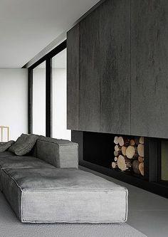Eine Sammlung toller Design-Sofas, alle in grau ... leider ohne Herstellerangaben und Namen: