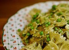 סלט פסטה פסטו, אפונה ובולגרית - גבישס -בלוג האוכל של מירב גביש
