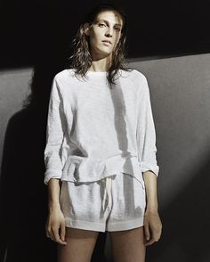 Soft touch: Slub cotton, airy and relaxed. See more loungewear in bio.