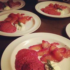 Chiristmas#starter#homemade#gravad lax#beetroot blini's#horseradish cream