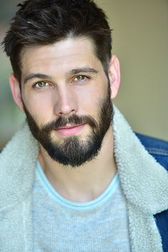 Professional Actor Headshots by Marc Cartwright [Los Angeles] - Casey Deidrick headshot - Beard Styles For Men, Hair And Beard Styles, Beards And Hair, Beautiful Men Faces, Gorgeous Men, Casey Deidrick, Actor Headshots, Mens Headshots, Scruffy Men