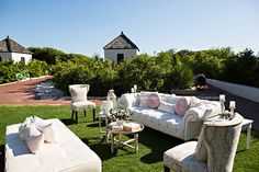 Photo: Amanda Suanne Photography Design: Florals by the Sea  Venue: Rosemary Beach Wedding