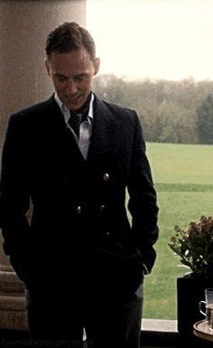 Tom Hiddleston.gif