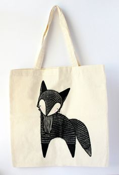 Featuring an illustrated fox, this tote bag is great for both children and adults and is strong enough to carry books, groceries, or personal effects. Approximately - Professionally screen pr Sacs Tote Bags, Canvas Tote Bags, Reusable Tote Bags, Fuchs Illustration, Fabric Bags, Cotton Bag, Cloth Bags, Screen Printing, Sewing Projects