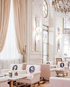 "andantegrazioso:  ""Baroque portraits salon | lemeuriceparis  """