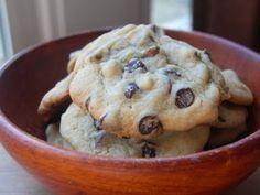 Cassie Craves: Vanilla Pudding Chocolate Chip Cookies