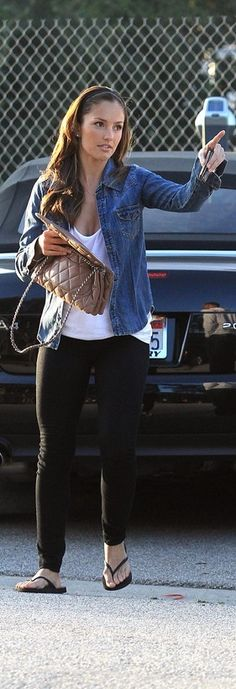 Minka Kelly is cute Cool Outfits, Casual Outfits, Summer Outfits, Fashion Outfits, Minka Kelly Style, Casual Hairstyles, Spring Summer Fashion, Love Fashion, Celebrity Style