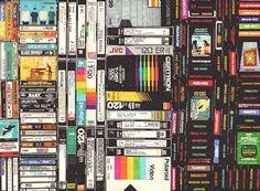 "Vhs e floppy disk: i dipinti ""amarcord"" di Hollis"