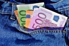 Euro on course for weekly gain; 100 Euro, Business Coach, Barcelona Travel, Travel Humor, Le Web, Nail Care, Law Of Attraction, Jets, The Borrowers
