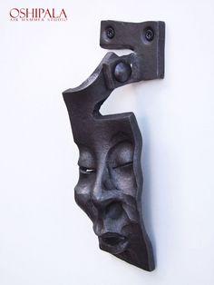 Door Knocker from Finnish blacksmith Jesse Sippola. Door Knobs And Knockers, Steel Art, Forging Metal, Door Accessories, Unique Doors, Iron Art, Door Furniture, Metal Projects, Porches