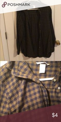 H&M flannel Worn once H&M Tops Button Down Shirts