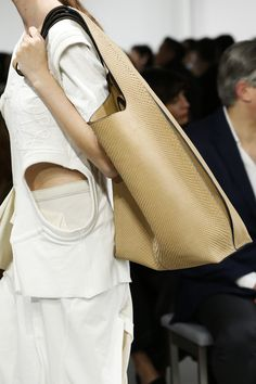 BagAddicts Anonymous: #PFW: Loewe's Spring/Summer 18 Bags Report