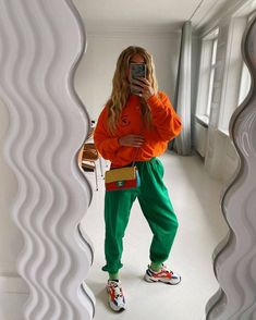 Colourful Outfits, Unique Outfits, Colorful Fashion, Mode Outfits, New Outfits, Fashion Outfits, Mode Pop, Color Combinations For Clothes, Color Pairing