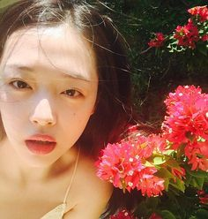 🌸🌷🌺🌹💐 by jin_ri_sul Sulli Choi, Choi Jin, Draw On Photos, Victoria, Rest In Peace, Korean Actresses, Ulzzang Girl, Krystal, Korean Girl Groups