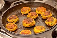 The Aloo Tikkis also known as cutlets or patties are made from boiled potatoes, combined with green peans and spiced up with green chillies and flavored with coriander. The aloo tikki's are typically pan fried with oil or even deep fried in some places. But her in this recipe, I am going to show to how to make the aloo tikki healthier by baking them. You can also make it nutritious with the addition of grated carrots, cheese, panner,  green spring onions, corn, grated beetroot or any thing…