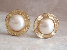 Pearl Dome Earrings Gold Tone Round Wavy Clip On by cutterstone