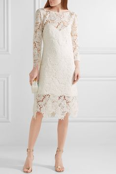White guipure lace Concealed hook and zip fastening at back 100% polyester; lining1: 52% acetate, 44% viscose, 4% elastane; lining2: 100% polyester Dry clean Imported