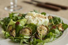 O carnudo cogumelo shiitake sabe a carne. É rico em proteínas e, à semelhança das outras espécies comestíveis de cogumelos, pode mesmo substituir a carne ou o peixe numa refeição