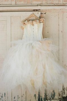 Pretty ivory tulle...vintage dress...