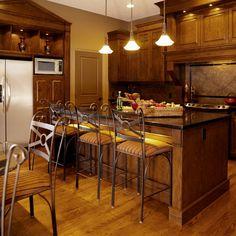 25 Contemporary And Warm Wood Kitchen Design Ideas for Cozy Kitchen Inspiration Kitchen Design Small, Kitchen Design Gallery, Custom Kitchens Design, Cozy Kitchen, Contemporary Kitchen, Kitchen Design, Colorful Interior Design, Contemporary Wood Kitchen, Ornate Kitchen