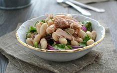 Σαλάτα με τόνο και φασόλια Greek Recipes, Potato Salad, Salads, Potatoes, Chicken, Meat, Ethnic Recipes, Food, White Bean Salads
