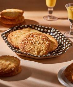 Kamu tiramisu tejbegrízzel - imádni fogod! | Street Kitchen Ricotta, Tiramisu, Panna Cotta, Muffin, Dessert Recipes, Bread, Breakfast, Food, Breakfast Cafe