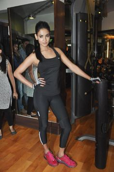 "Sonal Chauhan Promoting ""3G"" in GYM."