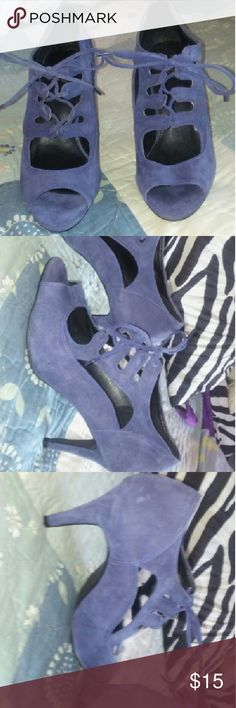 BIJOU NEW YORK BLUE SUEDE TIE OPEN TOE 6 1/2 SUPER CUTE HEELS OPEN TOE LACE UP BLUE SUEDE. MADE BY BIJOU NEW YORK FANTASTIC CONDITION VERY SEXY. SIZE 6 1/2 WIDE. OFFERS WELCOMED. BIJOU NEW YORK Shoes Heels