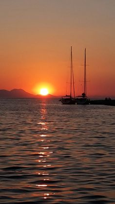 You only live once! Cruise Holidays, Italy Holidays, Cruise Italy, Thasos, Sailing Cruises, Cruise Boat, Greece Islands, Paradise On Earth, Boat Rental